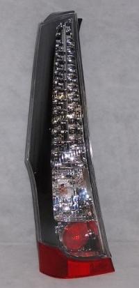 Фонарь правый грандис 04-08 mb4044400r