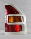 Фонарь правый (красный/рамка белая/желтый поворот) паджеро/монтеро-iii 00-07