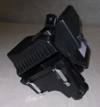 Корпус воздушного фильтра в сборе две части лансер ix 03- mb0030303